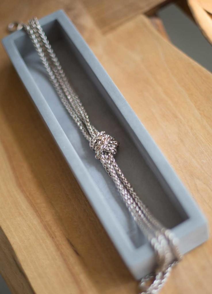 jewelry_necklace
